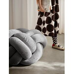 Design House Stockholm Knot tyyny, XL, valkoinen - harmaa
