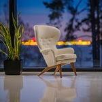 Fasetti Siesta armchair, oak legs, white