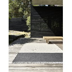 Woodnotes Pond rug, light sand - graphite