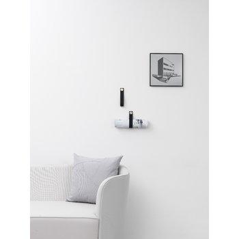 By Lassen Illustrate frame 30x30, black