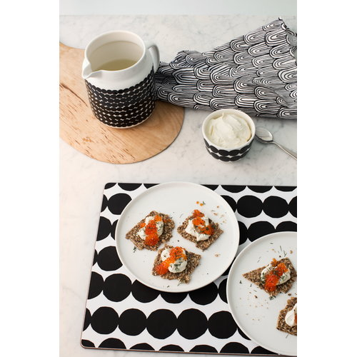 Marimekko R�symatto cutting board, black-white