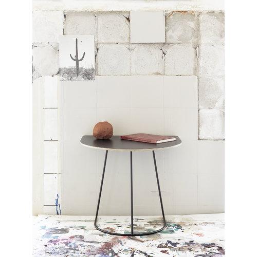 Muuto Airy coffee table, half size, black