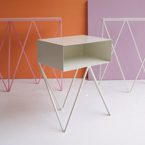 &New Giraffe console table, OSB/white