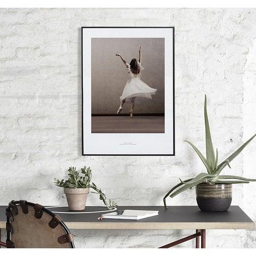 Paper Collective Essence of Ballet 03 juliste