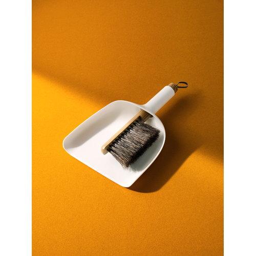 Menu Set scopa e paletta Sweeper & Funnel, bianco