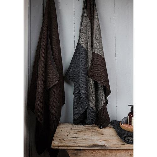 Lapuan Kankurit Terva giant towel, black-multi-brown