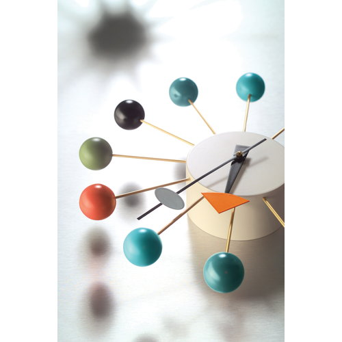 Vitra Ball Clock sein�kello, moniv�rinen