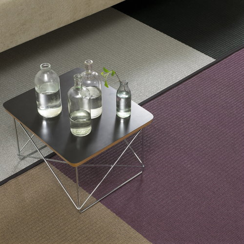 Vitra Eames LTR Occasional p�yt�, musta