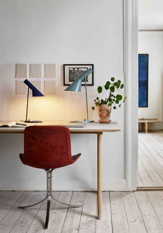 Louis Poulsen Aj Table Lamp