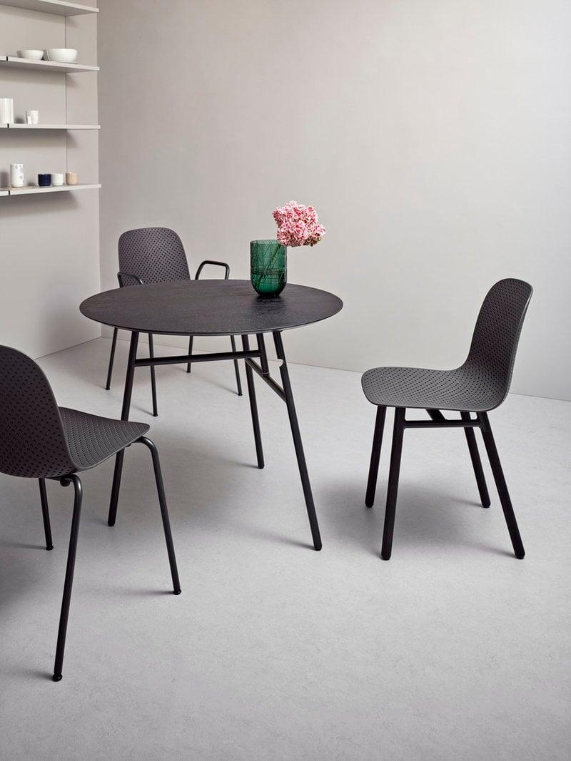 hay tilt top p yt musta finnish design shop. Black Bedroom Furniture Sets. Home Design Ideas