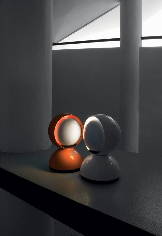 Artemide lampada da tavolo parete eclisse bianca finnish design shop - Lampada da tavolo vico magistretti ...