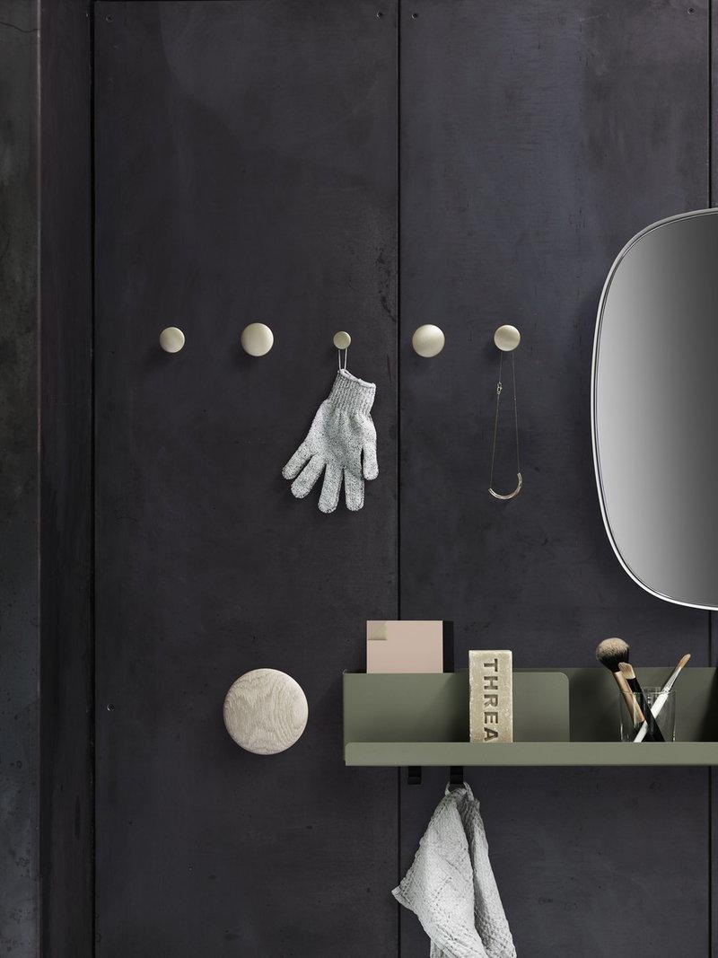 muuto the dots ripustin saarni finnish design shop. Black Bedroom Furniture Sets. Home Design Ideas