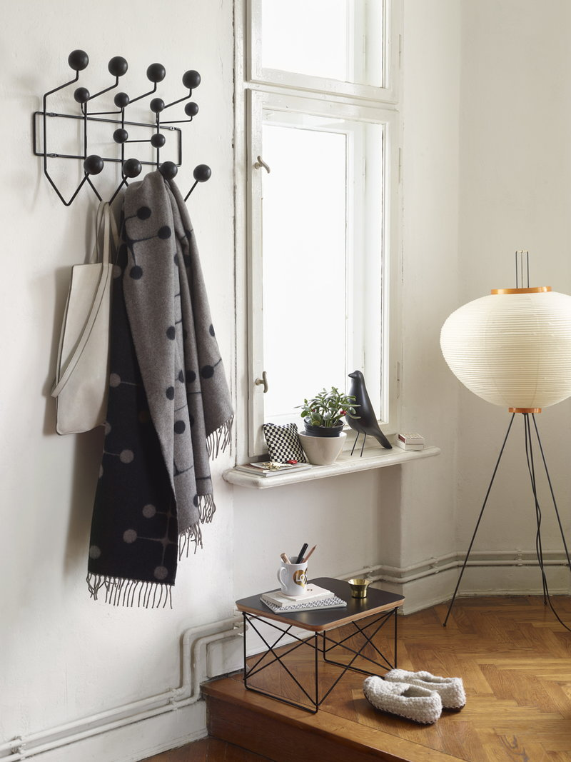 vitra hang it all naulakko musta finnish design shop. Black Bedroom Furniture Sets. Home Design Ideas
