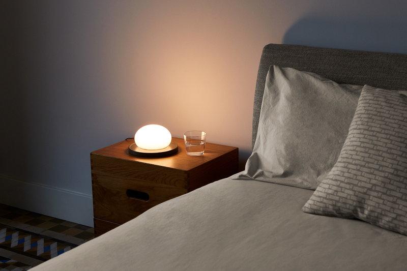 Marset Lampada da tavolo Bolita, umbra grey | Finnish Design