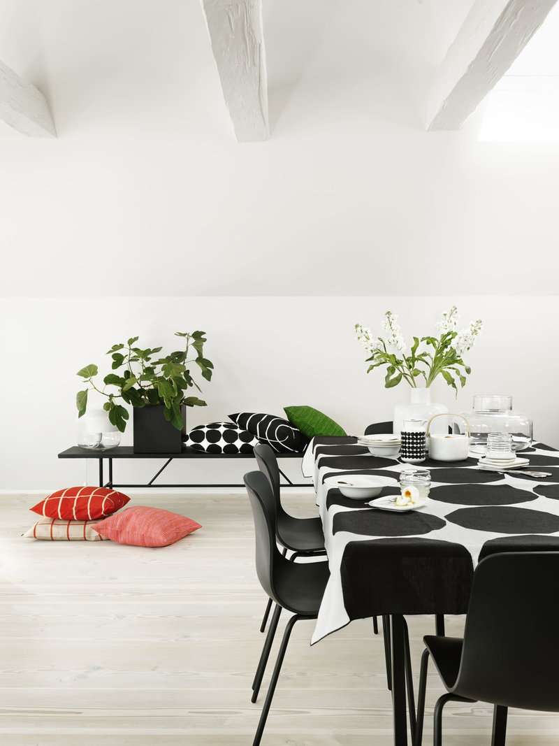 marimekko oiva deep plate finnish design shop. Black Bedroom Furniture Sets. Home Design Ideas