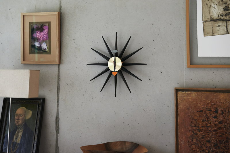 vitra sunburst clock finnish design shop. Black Bedroom Furniture Sets. Home Design Ideas
