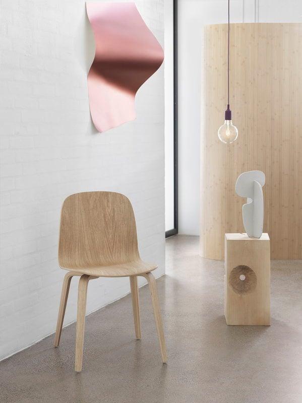 Muuto sedia visu base in legno rovere naturale finnish for Sedie design legno naturale