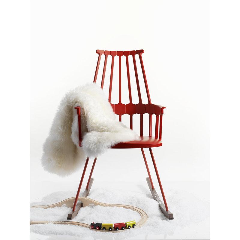 Kartell sedia a dondolo comback rossa finnish design shop - Sedia dondolo design ...
