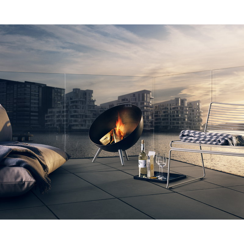 eva solo fireglobe outdoor fireplace finnish design shop. Black Bedroom Furniture Sets. Home Design Ideas