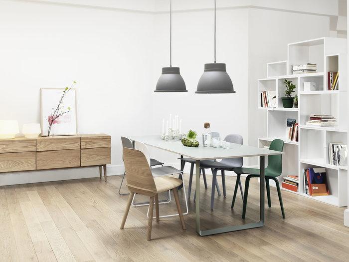 Ruokailutilat Muuto Valkoinen Harmaa Vihreä Lasi Saarni Alumiini Cosy Nerd Visu 70/70 Stacked Studio