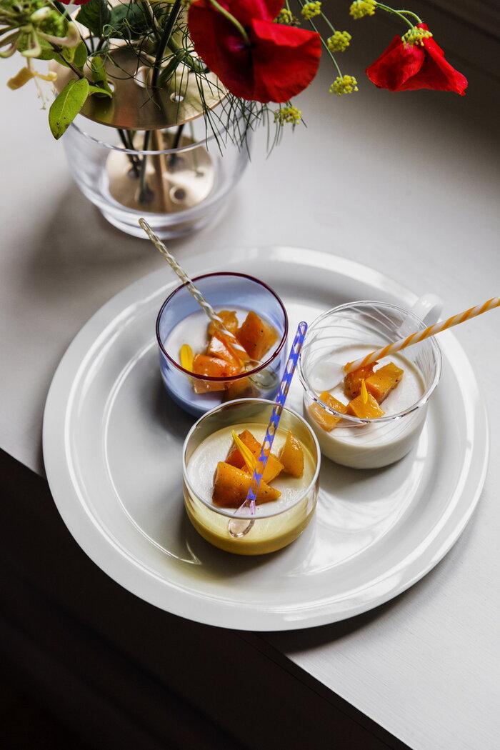 Kattaus ruoka Design House Stockholm Fritz Hansen HAY Beige Monivärinen Valkoinen Sininen Keltainen Keramiikka Lasi