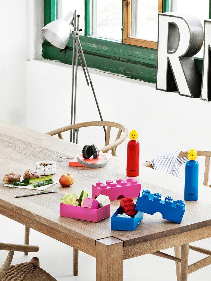 Tavola Room Copenhagen Rosso Blu Plastica Lego
