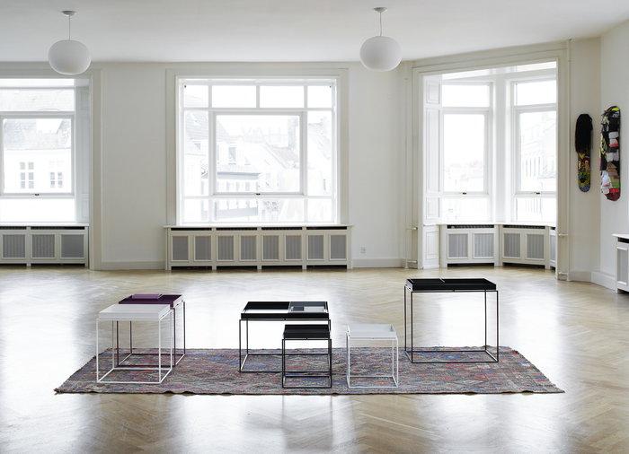 Sisustusideat Hay Musta Valkoinen Teräs Tarjotinpöydät