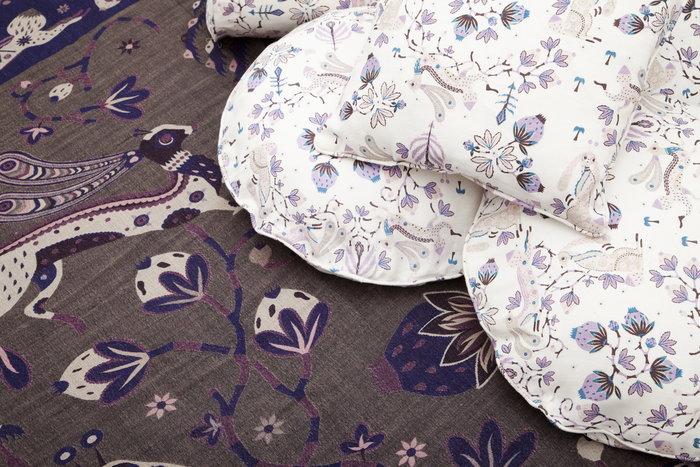 Makuuhuone Klaus Haapaniemi Valkoinen Violetti Pellava Villa Rabbit