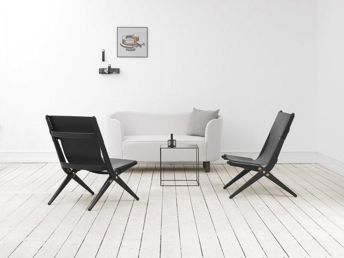 Olohuoneet By Lassen Musta Messinki Alumiini Nahka Kubus Illustrate Stropp Twin Saxe