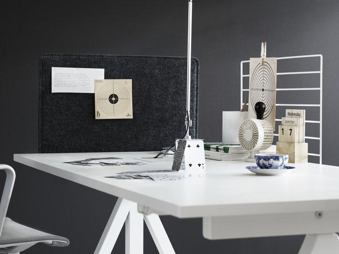 Työpisteet String Furniture Valkoinen Harmaa Teräs Huopa String Works