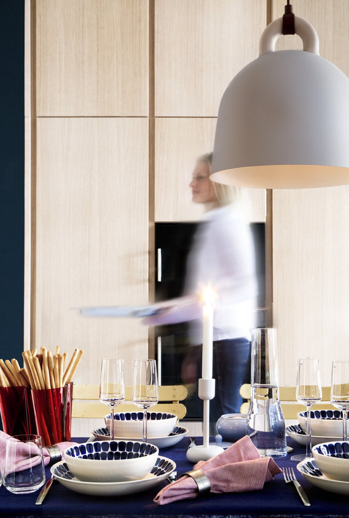 Kattaus Iittala Normann Copenhagen Kirkas Ruskea Valkoinen Beige Lasi Teräs Alumiini Essence Aalto Collection Nappula Bell