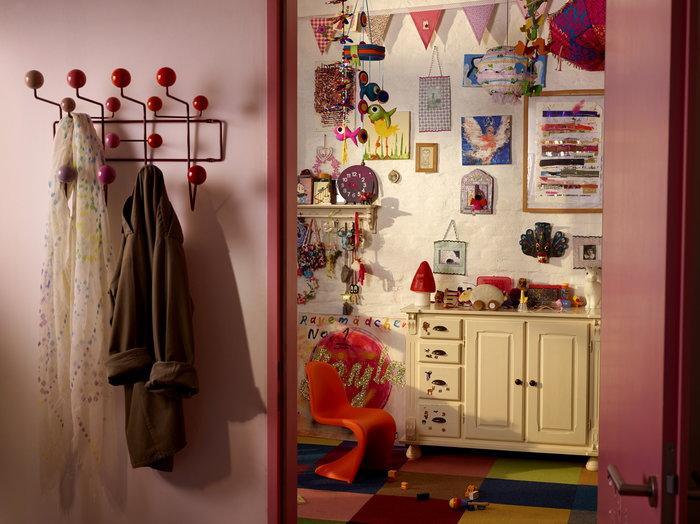 Lastenhuoneet Eteinen Vitra Violetti Punainen Vaaleanpunainen Puu Muovi Vitra kellot Hang it all Panton