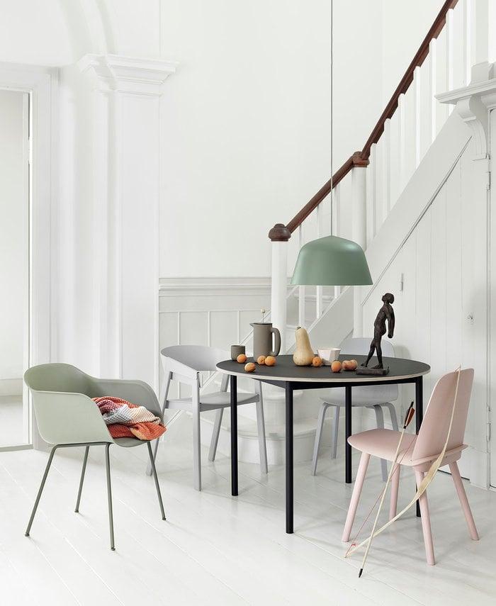 Saledapranzo Muuto Grigio Verde Ceramica Frassino Cover Fiber Chair