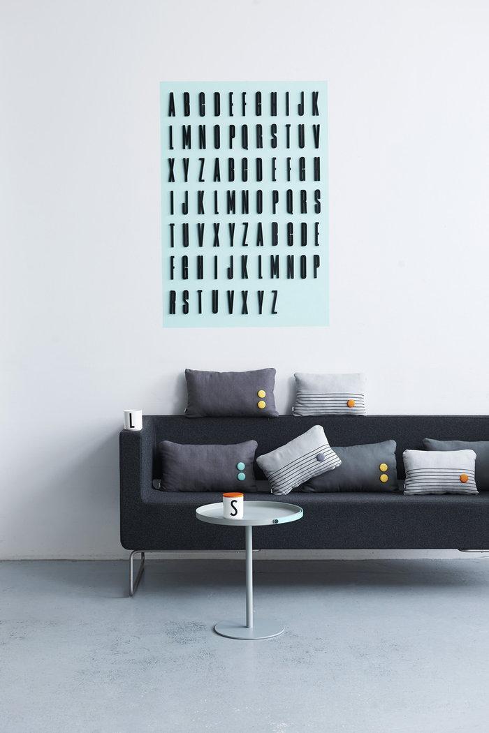 Olohuoneet Design Letters Oranssi Musta Valkoinen Puu Keramiikka AJ keittiö AJ puukirjaimet