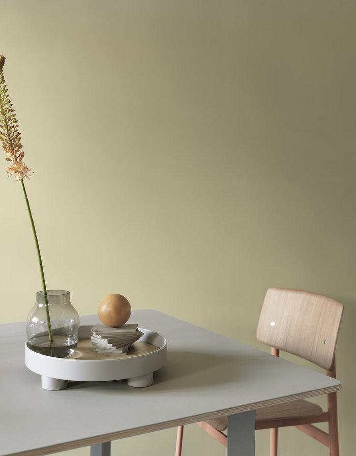 Tablesetting Diningroom Muuto Grey Red Oak Silent