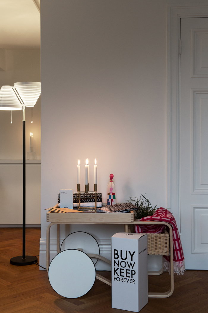 Holidays Artek Vitra By Lassen Black Multi colour Red Brass Birch Wood Wool Aalto trolleys Wooden objects Kubus