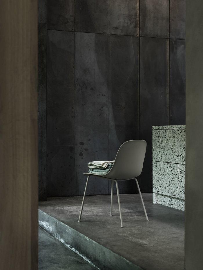Sisustusyksityiskohta Muuto Vihreä Musta Puuvilla Metalli Loom Fiber Chair