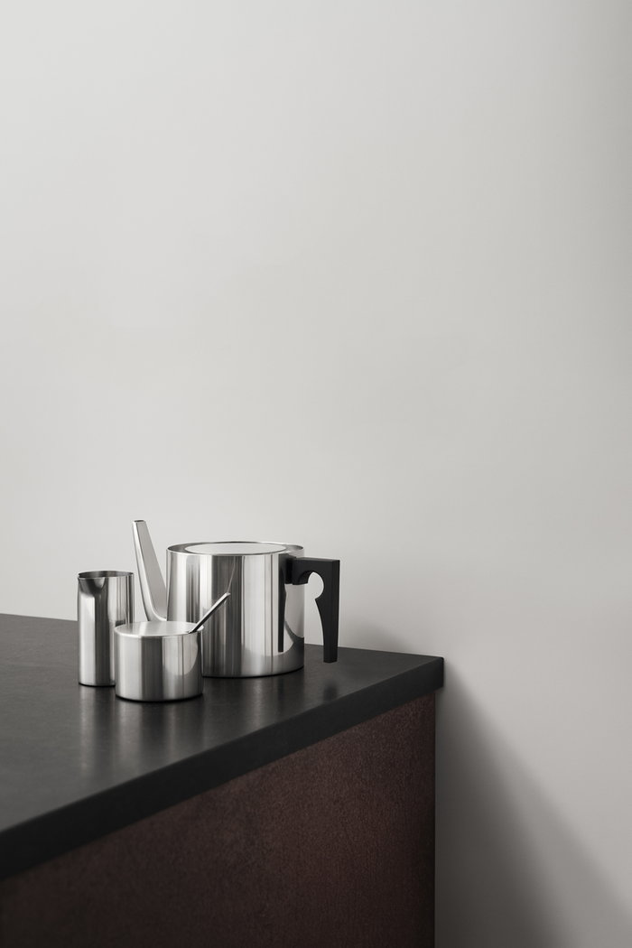 Tablesetting Teamoment Stelton Metal Stainless Steel Stelton Arne Jacobsen