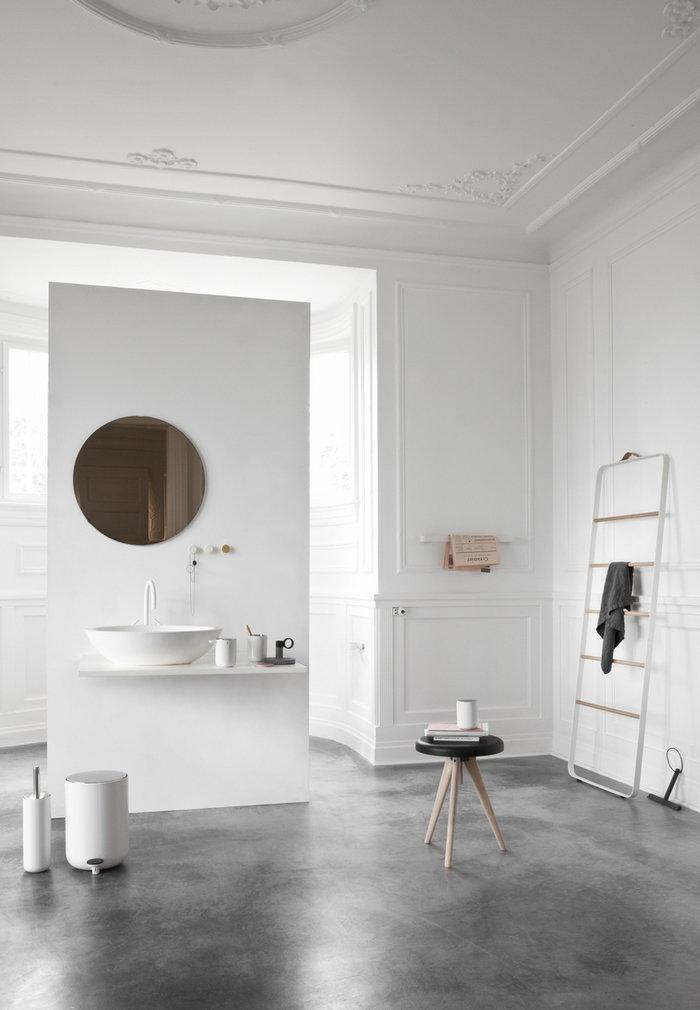 Bathroom Menu Grey White Steel Aluminium Ash