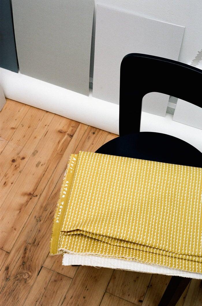 Details Artek Black Yellow Birch Cotton Aalto chairs