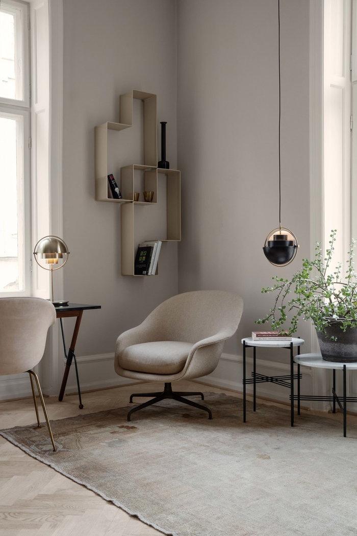 Livingroom Gubi Black White Brass Beige Marble Wool