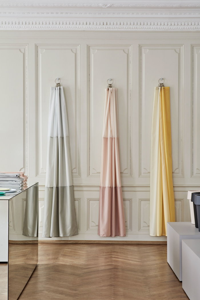 Kylpyhuone Hay Vaaleanpunainen Keltainen Vihreä Muovi