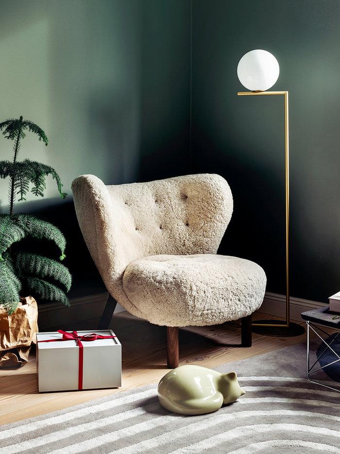 Livingroom Readingcorner Holidays Vitra Finarte Flos Lundia &Tradition Beige Grey Brass Ceramic Wool Steel Pine Wood System