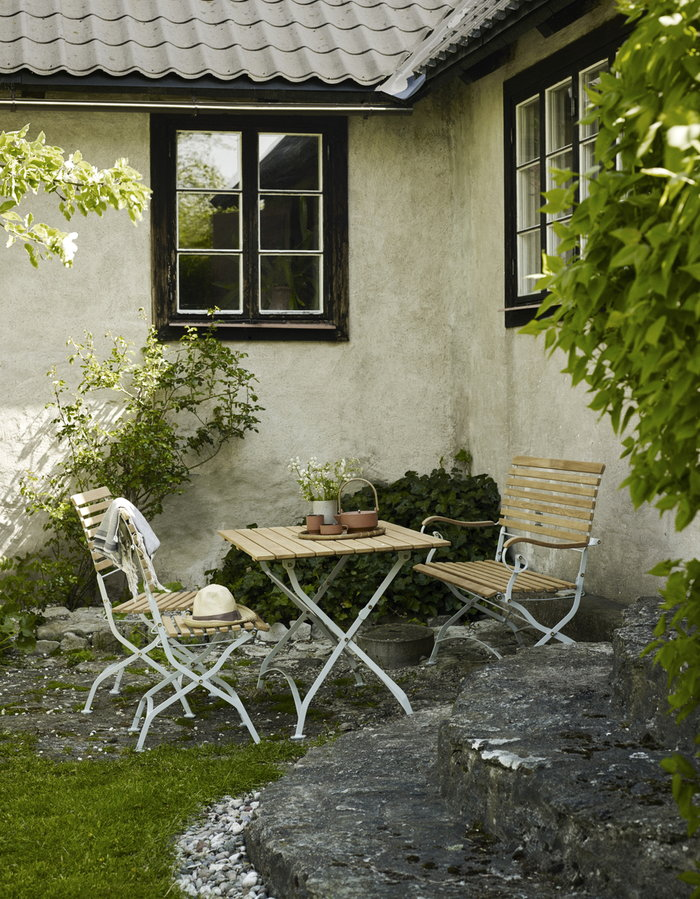 Tablesetting Teamoment Outdoorfurniture Terrace Skagerak Red