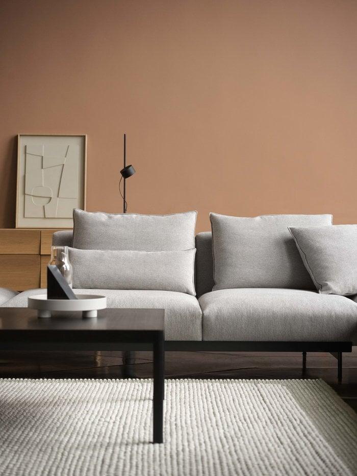 Livingroom  Muuto Nature Grey Black Oak Wool Metal Reflect