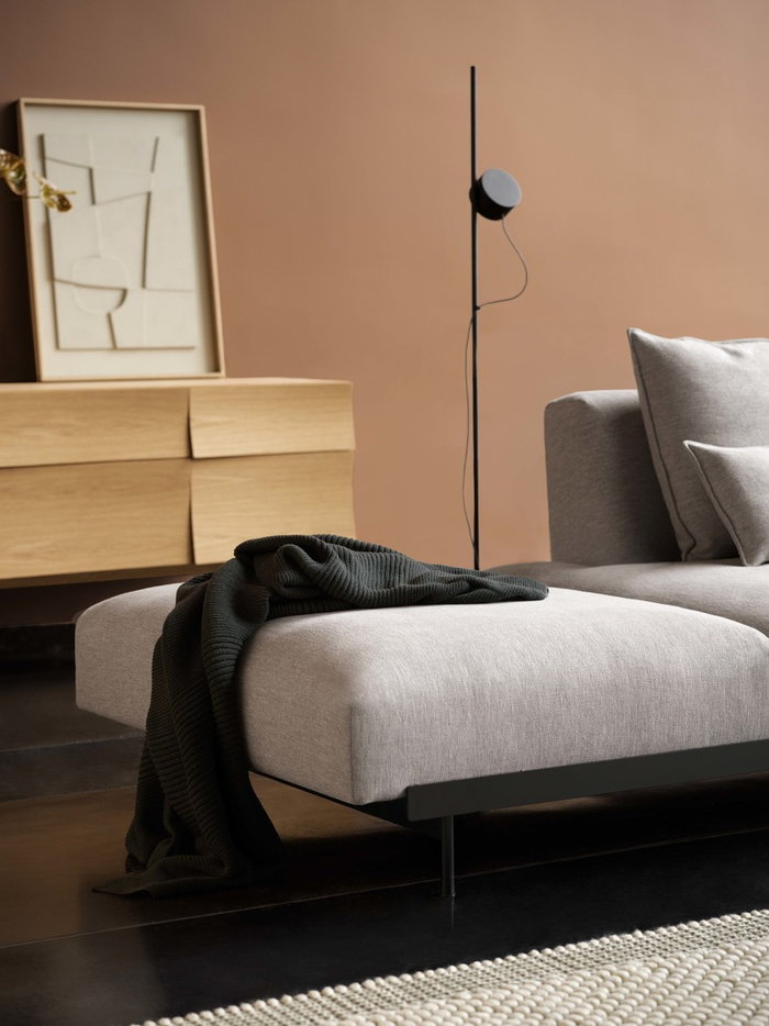 Livingroom Houseplants  Autumn Muuto Nature Grey Black Oak Wool Metal Reflect
