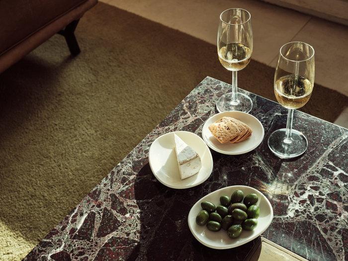Tablesetting Autumn Iittala Clear White Glass Ceramic