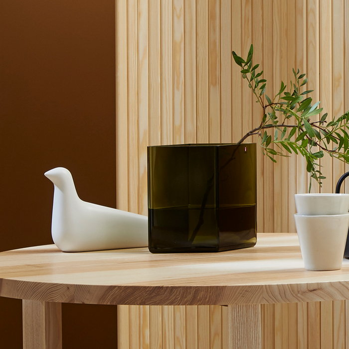 Details Autumn Vitra Iittala Iwatemo Nikari Nature Green White Wood Glass Ceramic Ash Birch Wooden objects Ruutu