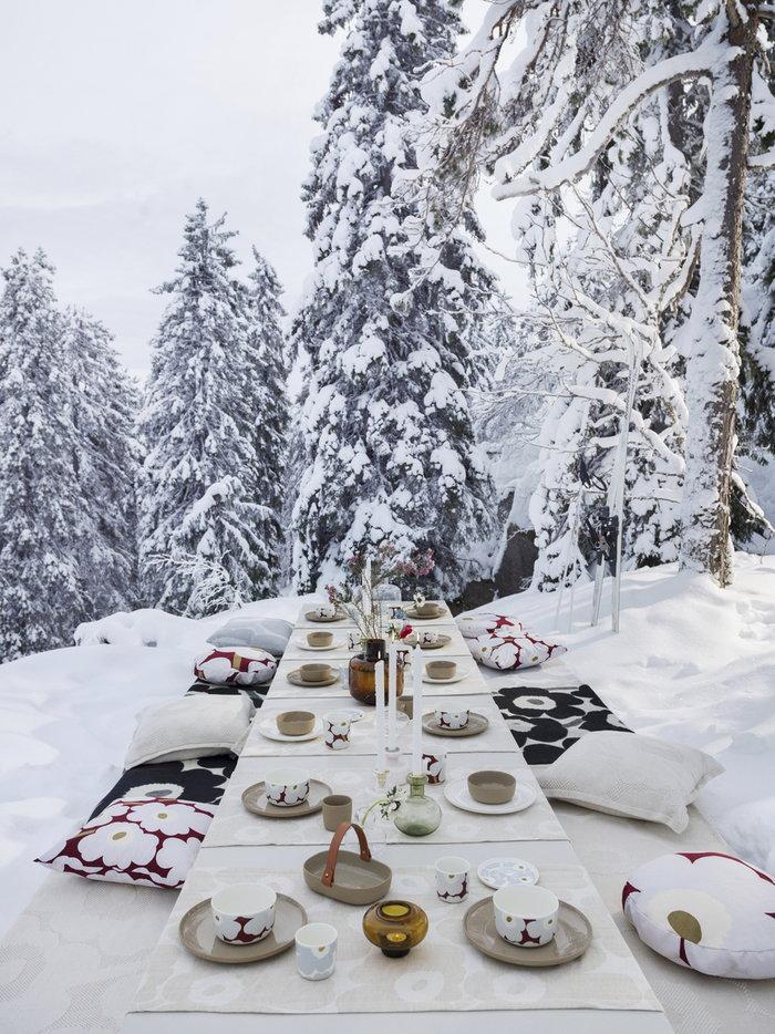 Tablesetting Holidays Marimekko Brown Multi colour Beige Glass Cotton Ceramic Linen Oiva