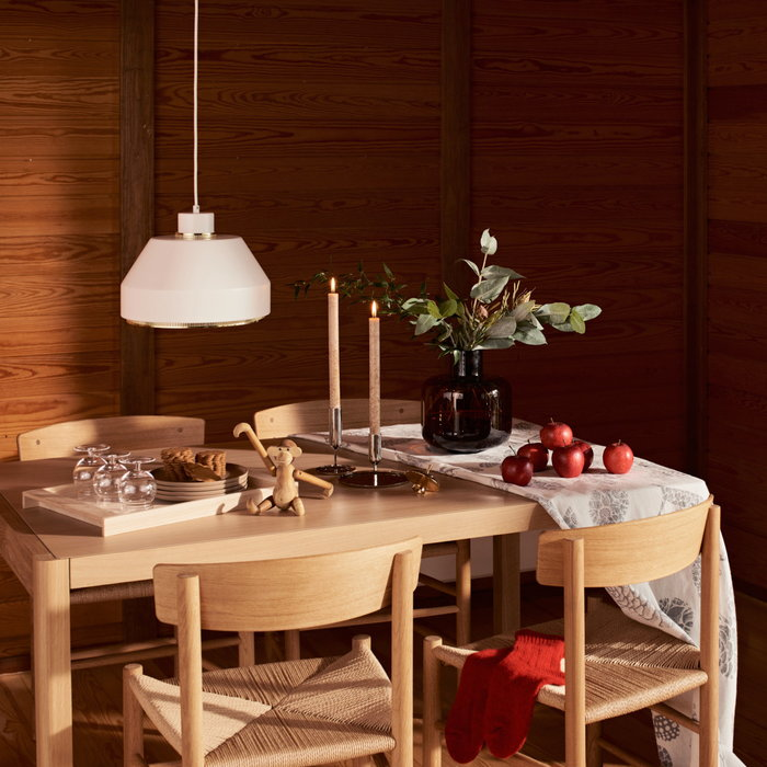 Holidays Holiday2020 Artek Ferm Living Fredericia Georg Jensen Karakter Marimekko Muuto Kay Bojesen Skultuna Skagerak White Beige Nature Metal Clear Brown Brass Steel Oak Stainless Steel Glass Ceramic Teak Wooden objects